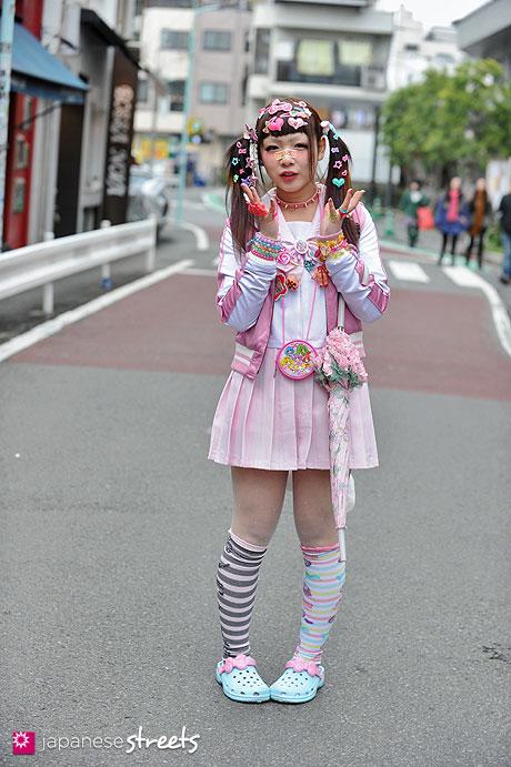 130331-5587 - Japanese street fashion in Harajuku, Tokyo