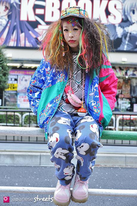 130403-7470 - Japanese Hadeko street fashion in Ikebukuro, Tokyo