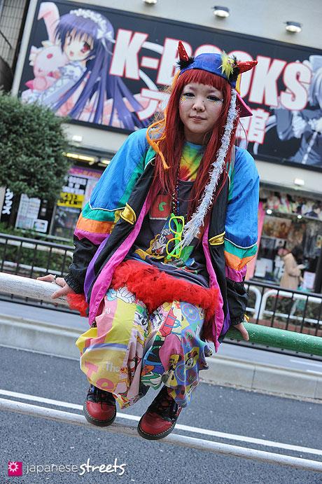 130403-7569 - Japanese Hadeko street fashion in Ikebukuro, Tokyo