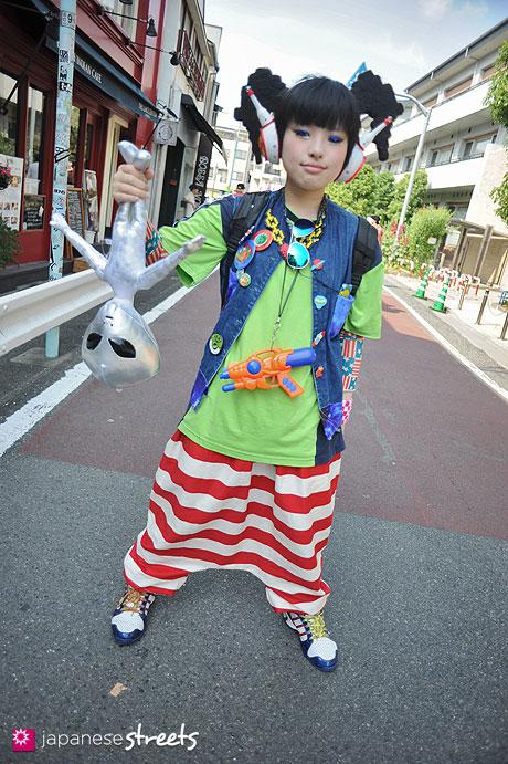130526-2172 - Japanese street fashion in Harajuku, Tokyo
