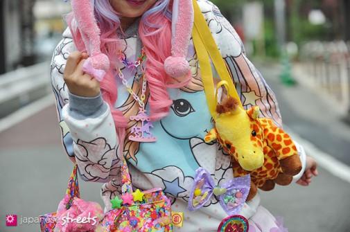 130331-5377 - Japanese street fashion in Harajuku, Tokyo